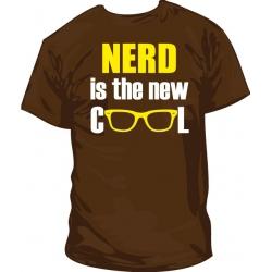 Camiseta Nerd is new cool